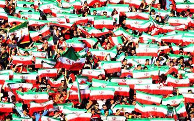 Image result for پرچم ایران در ورزشگاه
