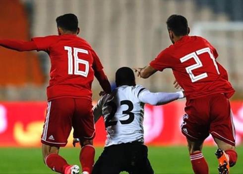 ورود تیم ملی ایران و ترینیداد و توباگو به میدان
