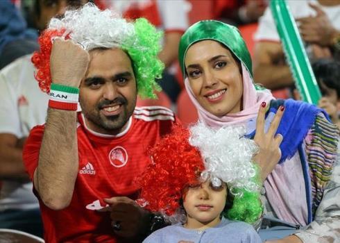 فریاد «ایران ایران» در بازی با عمان