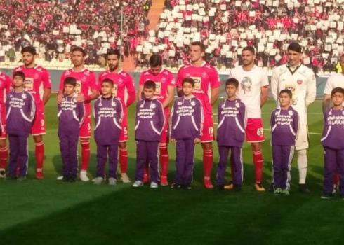 گرامیداشت شهدای چوار در بازی پرسپولیس و استقلال خوزستان